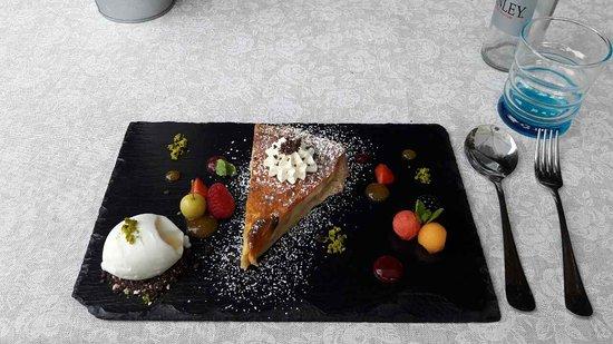 illa Medici Hotel & Restaurant: image-0-02-04-064161eb47033f570f87bb25fc0bfbb2c45ad1d598703868c762b3d280535b2b-V_large.jpg