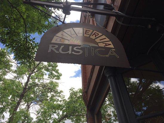 Pizzeria Rustica: Nice