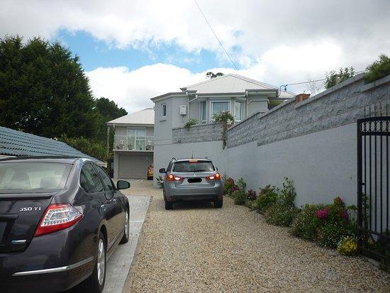 Katoomba Manor: Esterno