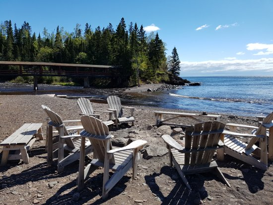 Lutsen, MN: Campfire area on the beach