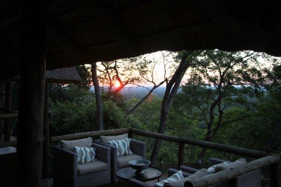 Ghoha Hills Savuti: Sunset over the bush from the lodge.