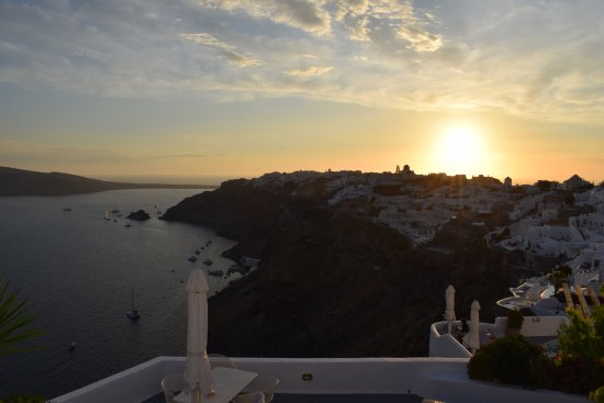 Ikies - Traditional Houses: Sunset in Oia from Ikies