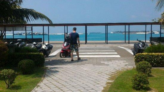 Kaafu Atoll: причал
