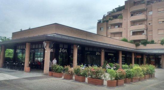 Mai pi recensioni su j cafe casalecchio di reno for Hotel vicino unipol arena bologna