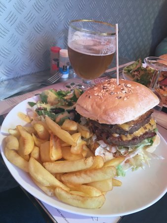 burger house saint nazaire restaurant avis num ro de t l phone photos tripadvisor. Black Bedroom Furniture Sets. Home Design Ideas