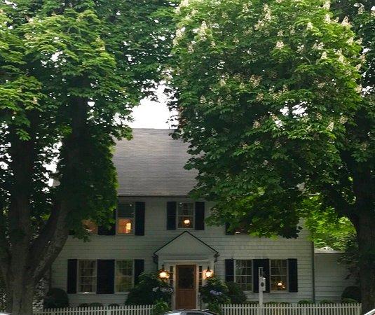 The 1770 House : photo1.jpg