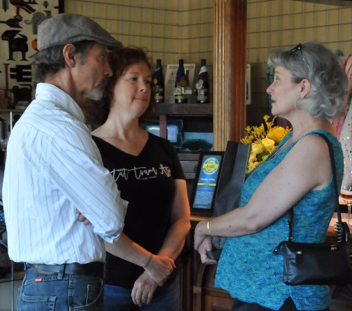 Mendo Insider Tours : What to buy??