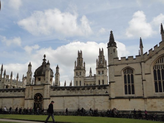Beautiful Christ Church College Within University Of Oxford