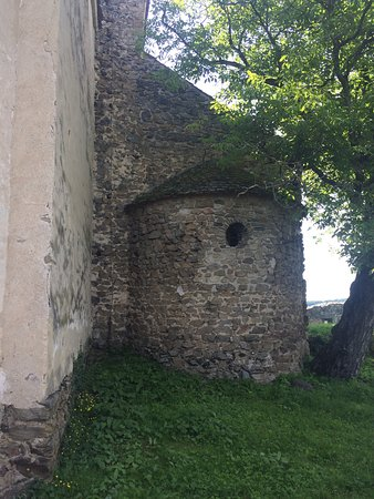 Cisnadioara, Rumania: Old marks of Roman architecture influence, a jewel on the top of the hill