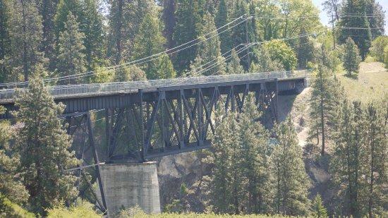 Summerland, Canadá: The Trestle Bridge