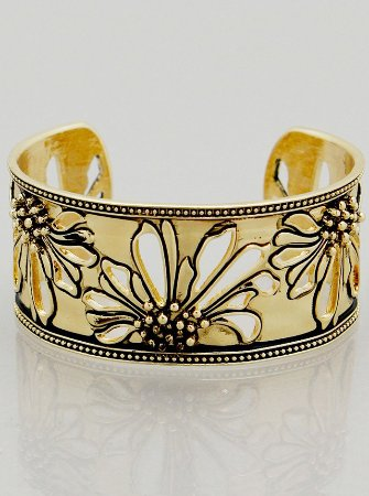 Port Stanley, Canada: Beautiful bangle!