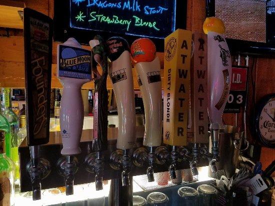 Westland, MI: Palmer House Bar &Grill