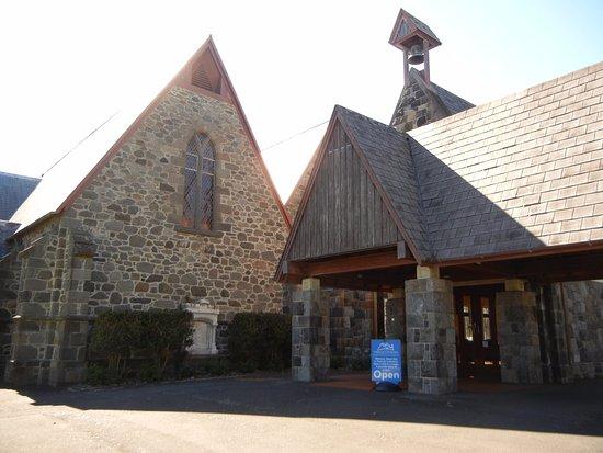 Нью-Плимут, Новая Зеландия: The entrance to the church