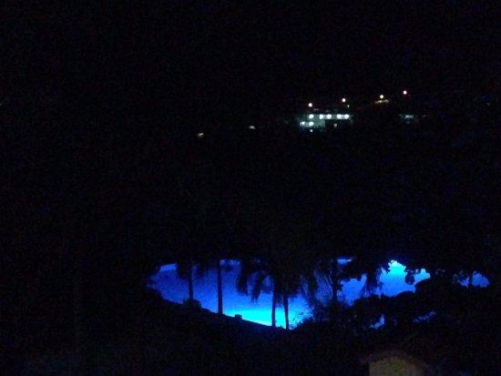 True Blue Bay Boutique Resort: Good Night