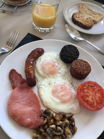 Drumcliff, Irlanda: Full Irish Breakfast. Delicious!