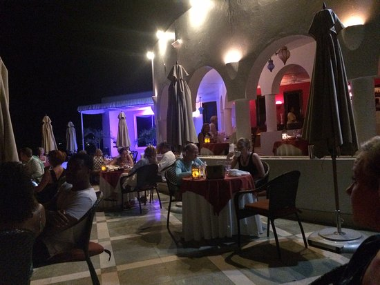West End Village, Anguila: dinner at spice
