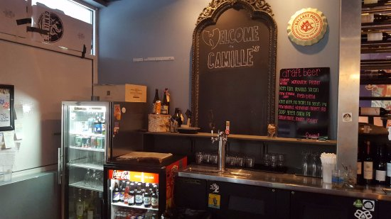 Tolland, CT: Back Bar