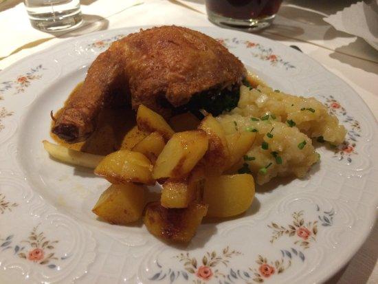Eisenberg, Deutschland: The delicious chicken + potatoes, December 2016