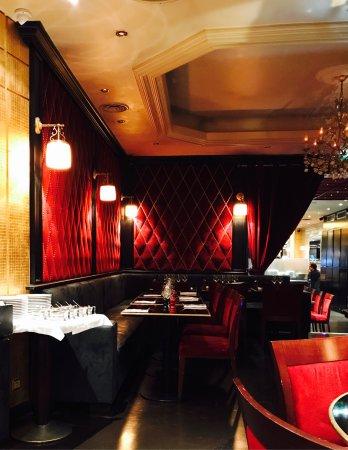 Cesar Paris Restaurant
