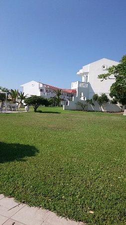 Chryssana Beach Hotel: Snapchat-1180433500_large.jpg