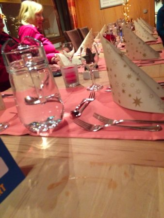 Haus Hopfensee: Table setting, December 2016