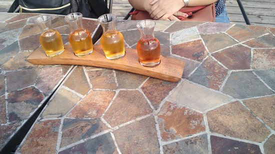Saint Pierre d'Orleans, Canadá: Degustated of ciders