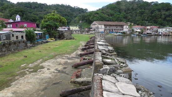 The Treasure House museum in Portobelo as seen from the adjacent fort.