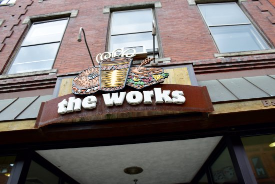 The Works Bakery Cafe: Entrance to the Works. There is a back entrance as well.