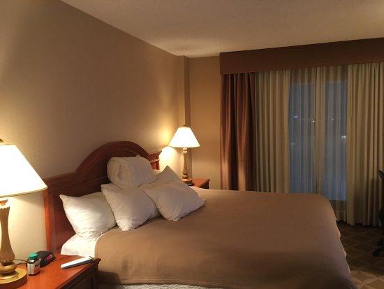 Days Hotel & Suites - Lloydminster : photo0.jpg