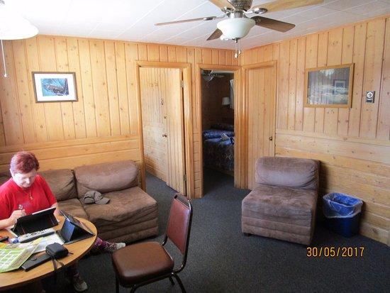 Lazy G Motel: Vorzimmer