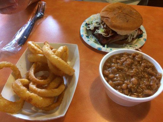 Abe's: Lunch