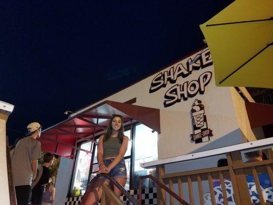 Shake Shop Treasure Island