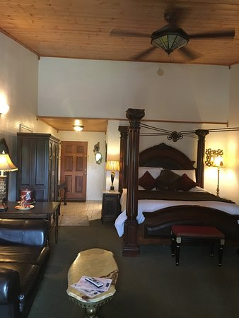 Sulphur, OK: Echo Canyon Spa Resort