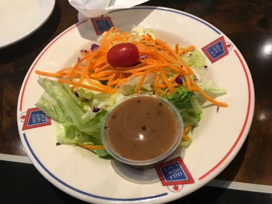 Etters, PA: side salad with dinner