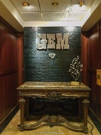 Gem Steakhouse & Saloon: inside view