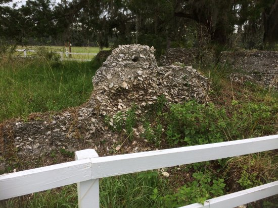 Sapelo Island, GA: Tabby ruins near the research lab