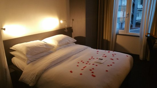 Park Hotel Amsterdam: Bed