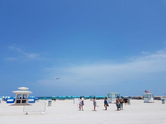 The Clay Hotel: praia de Miami Beach muito perto do hotel, facilmente alcançada a pé