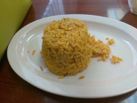 Taqueria Morelia: Horchata water, chicken and steak tacos