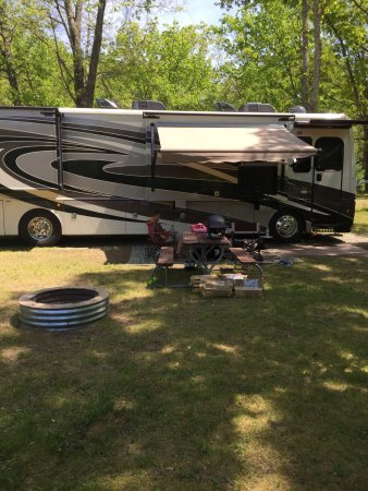 Montague, MI: What a beautiful rv park.  We had a great time   Look forward to our next trip!!
