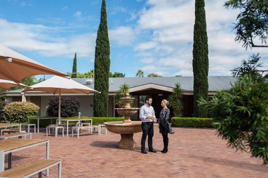 Lidcombe, Australia: Outdoor dining