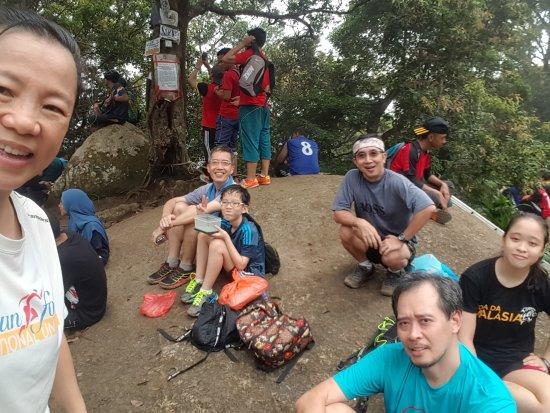 Negeri Sembilan, Malezya: Gunung Datum family hike.