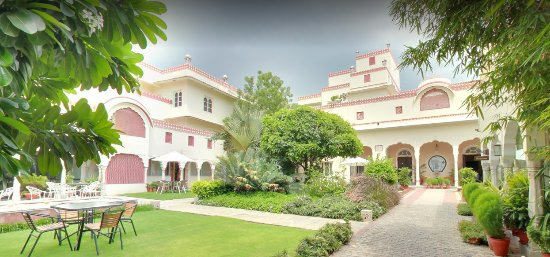 Mandawa Haveli Jaipur: Mandawa Haveli situated in the heart of the Pink City, Jaipur.