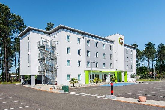 b b hotel mont de marsan reviews price comparison saint avit france tripadvisor. Black Bedroom Furniture Sets. Home Design Ideas