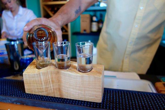 Ladysmith, Canada: Tequila tasters