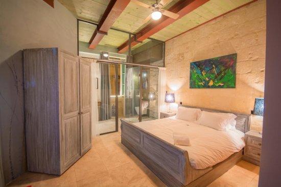 Chambre humide et WC avec point d\'eau en guise de salle de ...