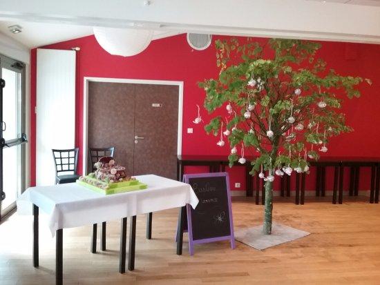 Bar-le-Duc, Frankrijk: Piece montee et arbre a dragees