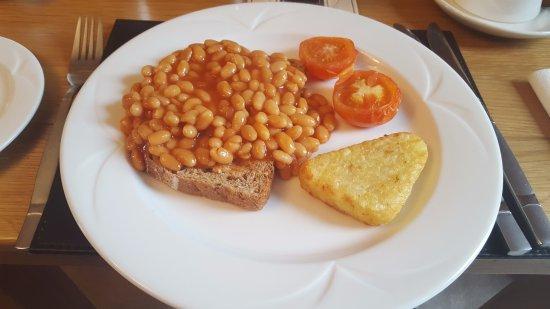 Newbiggin-on-Lune, UK: Beans ON toast for breakfast.
