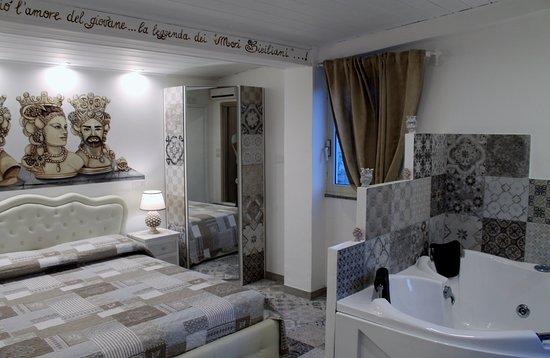 Bed and breakfast triskeles b&b giardini naxos sicilia : prezzi