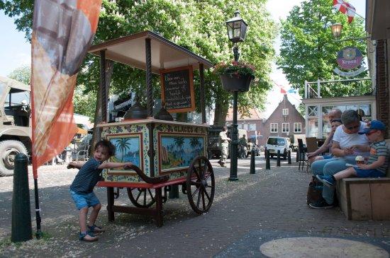 Oirschot, Belanda: De Markt